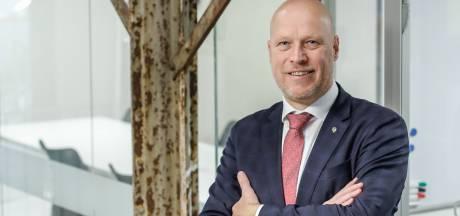 Ten Hag neemt pensioenportefeuille De Jong & Laan over