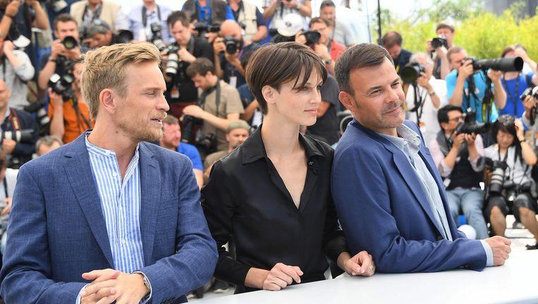 Belgische acteur Jeremie Renier, Franse actrice Marine Vacth en Franse regisseur Francois Ozon Beeld AFP