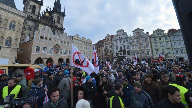 Een demonstratie tegen de komst van moslims naar Tsjechië in Praag. Beeld AP