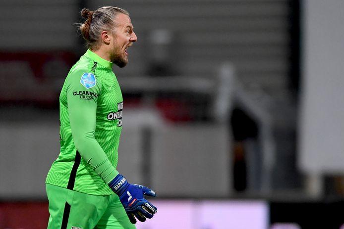 """Remko Pasveer is 'al' 37, maar draait nog volop mee als doelman van Vitesse. """"Ik wil er geen datum aanhangen, maar ik wil de 40 aantikken als doelman.'"""