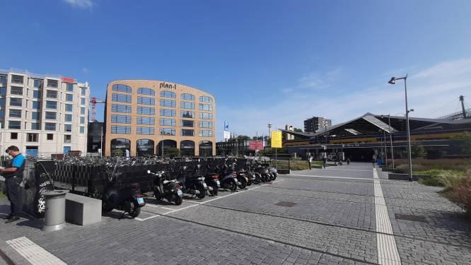 Van mini-Spar, nieuwe eetzaakjes tot Swapfiets-vestiging: plein naast station Tilburg bloeit op