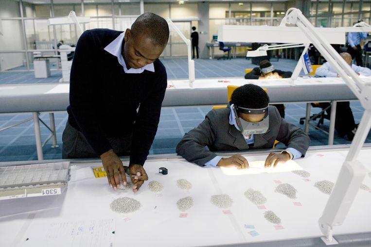 Een groot deel van de inkomsten uit diamantwinning heeft Botswana geïnvesteerd in onderwijs. Beeld getty