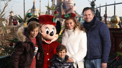 """Véronique De Kock met gezin in Disneyland: """"Zot van kerst, maar trouwen doen we toch in de zomer"""""""