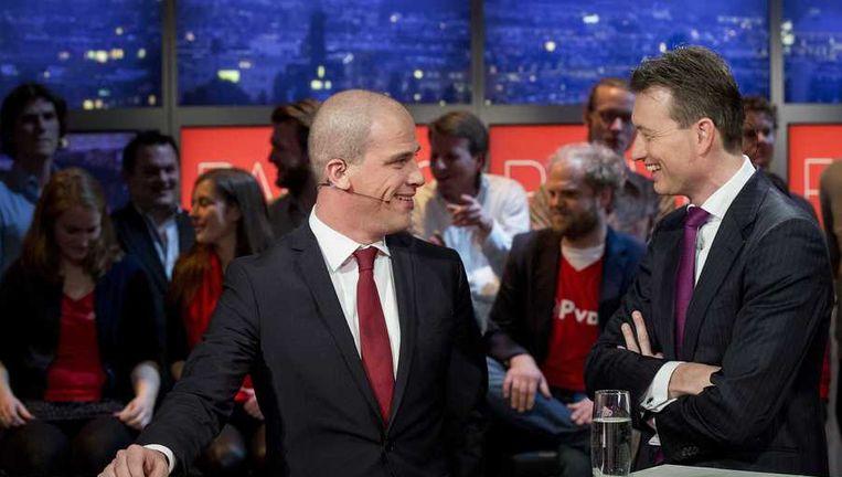 PvdA-fractieleider Samsom (links) en VVD-fractieleider Zijlstra tijdens een verkiezingsdebat bij Pauw & Witteman, eind februari. Beeld anp