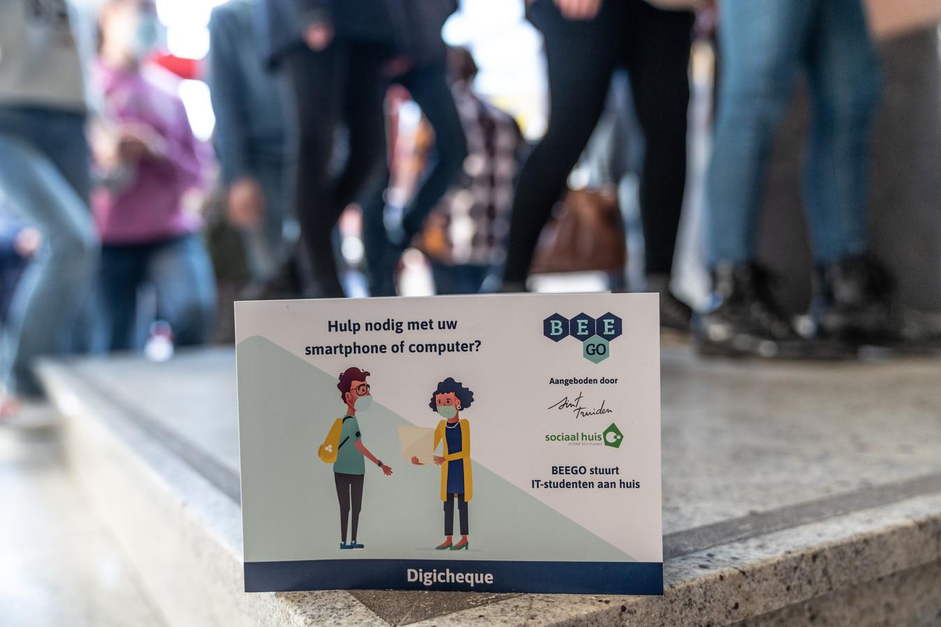 De Stad Sint-Truiden wil met de aankoop van laptops en digicheques de kwetsbare gezinnen in coronatijden ondersteunen.
