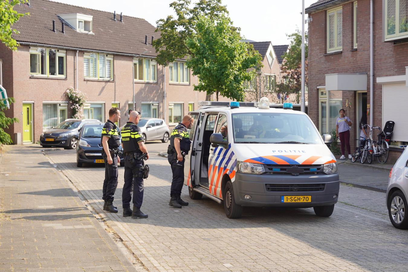 De aanhouding woensdagavond in de Rozenstraat in Nijmegen