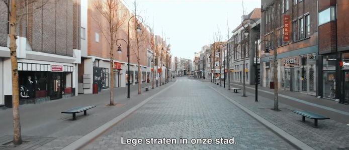 Screenshot uit de video 'Samen zijn we één' van Paul Heijligers. Een video over Dordrecht in tijdens van de coronacrisis.