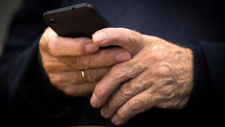 Mokkenstorm: 'Mensen durven online openhartiger te zijn omdat het anoniem is' Beeld ANP