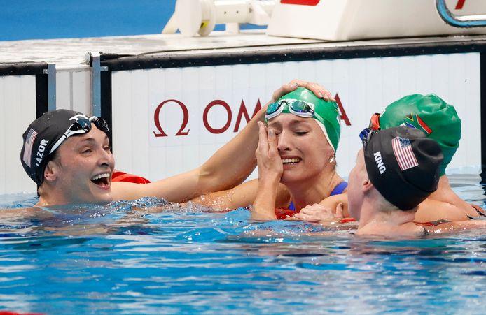 Tatjana Schoenmaker met tranen van geluk.