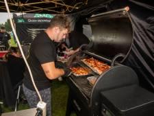 Vaarts BBQ Spektakel: een en al geuren van varkensvlees en houtskool