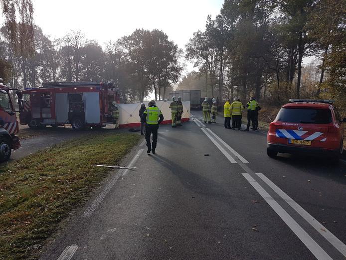 Bij een ongeluk op de N332 bij Heeten viel afgelopen week 1 dode.