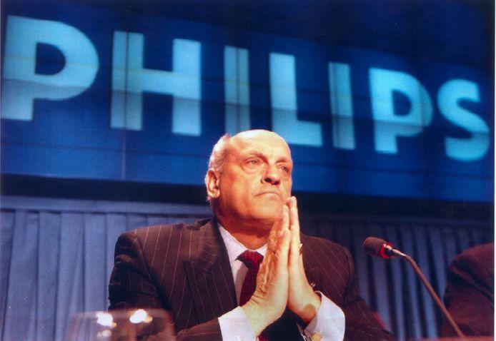 Jan Timmer bij de bekendmaking van zijn aftreden in februari 1997.