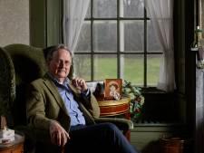 Oud-rechtbankpresident Robert Croll uit Laren zwaait af bij het Vfonds: 'Het beste pleidooi voor vrede is een oorlogsgraf'