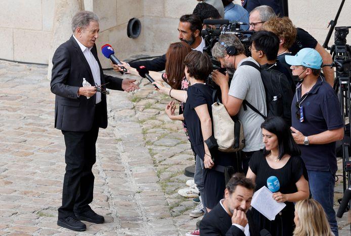 Michel Drucker face aux journalistes