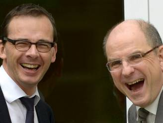Opmerkelijke verschillen in de Stem van Vlaanderen: zelfde partij, tegengesteld antwoord