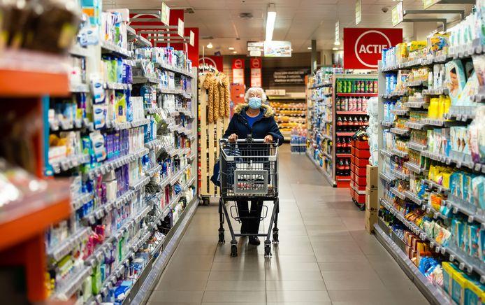 Supermarkt-uurtje voor ouderen en kwetsbaren bij de Plus.