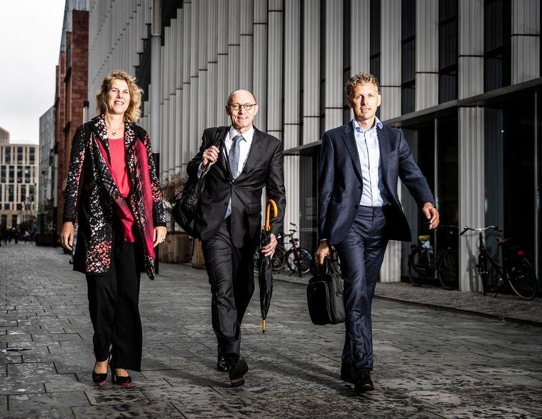 Nederland. Amsterdam, 06-09-2018, Portret, 3 bankiers. Linda Broekhuizen, Hann Verheijen en Vincent van Assem (midden).  Beeld Jiri Buller
