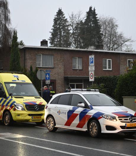 Omstanders schieten onfortuinlijke scooterrijder in Almelo te hulp