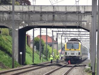 Treinverkeer tussen Kortrijk en Roeselare urenlang onderbroken door incident in Ingelmunster