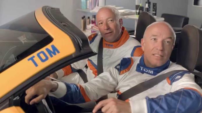 Tom Coronel met zijn tweelingbroer Tim in een reclamespotje