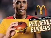 McDonald's derrière les Diables Rouges avec deux burgers marqués au fer rouge