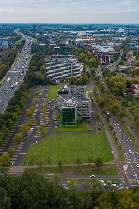 Zo verandert de Zwartewaterallee in Zwolle van kantorenlint naar woonbuurt met 1300 appartementen