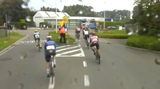 """L'improbable erreur de parcours qui a marqué la Brussels Cycling Classic: """"C'est quand même à gauche?"""""""