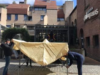 IN BEELD: Hasselte horeca-uitbaters leggen laatste hand aan terrasjes