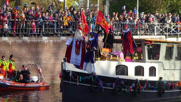 Sinterklaasintocht in 2019 bij de Weerdsluis.