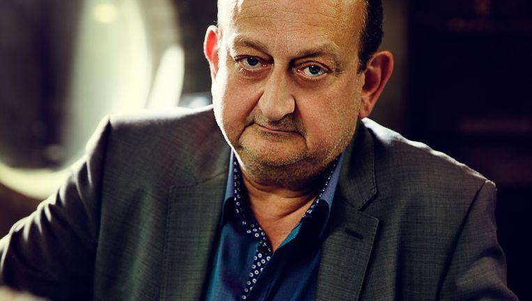 Claes, hier als Max Cuypers in de VTM-serie Vossenstreken, staat vooral bekend om zijn markant gezicht. Beeld © RV