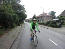 Wielrenner Jan Leo beklimt Nederlandse 'bergen' voor CliniClowns: 'Al meer hoogtemeters dan Val Thorens'