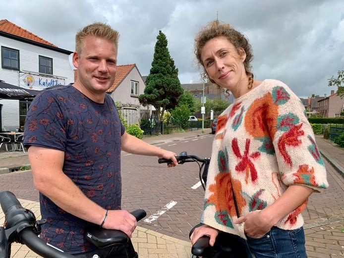 Herman Schooljan en Jussie Lammerts uit Den Helder zijn deze vakantie een ANWB-stel en fietsen door het hele land.