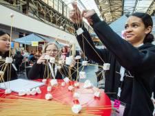 ROC van Twente wil meer meiden in techniek: 'Het is niet altijd vies en zwaar werk'