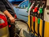 Man hangt  tankspuit niet op: voor 1600 euro vernield in tankstation