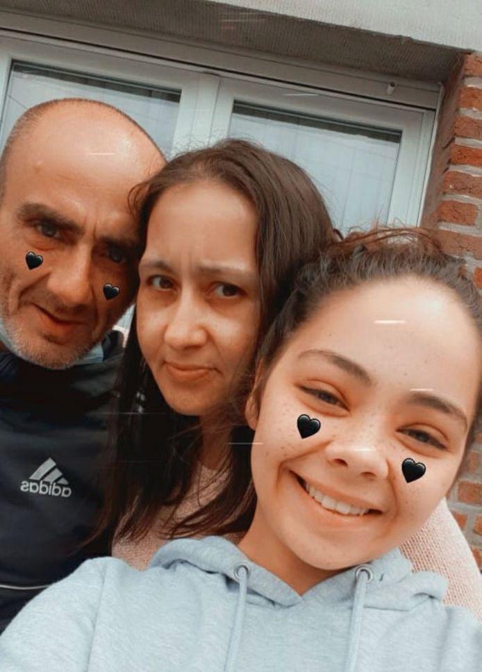 Angelo et Béatrice avec leur fille Loredana.