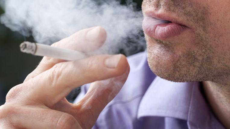Meer dan 300.000 kankers in het Verenigd Koninkrijk werden toegeschreven aan het roken. Beeld THINKSTOCK