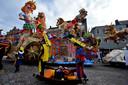 Er trekken op 22 februari met de optocht 52 deelnemers door de straten van Tullepetaonestad, iets minder dan vorig jaar. Maar met 17 grote wagens is de Stichting Carnaval Roosendaal in haar nopjes.