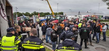 Supermarkten roepen boeren op geen distributiecentra te blokkeren
