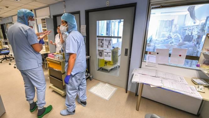 OVERZICHT. Hospitalisaties blijven op plateau, besmettingen dalen licht