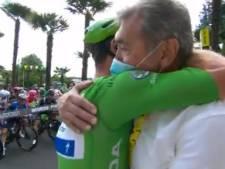 """""""D'une légende à une autre"""": la superbe accolade entre Eddy Merckx et Mark Cavendish"""
