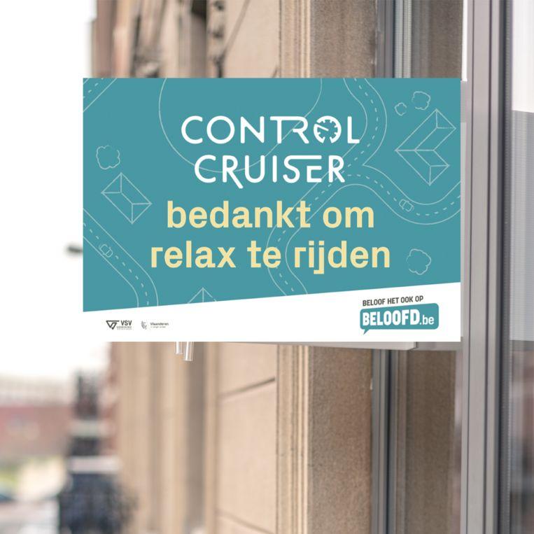 In Hoeilaart kan men net als in vele andere gemeenten de voorbeeldige automobilisten bedanken door het plaatsen van een control cruiser bord.