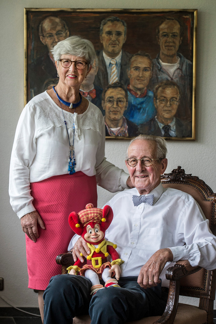 Piet en Angèle van Haaren. ,,We vertrekken met een heel dubbel gevoel.''