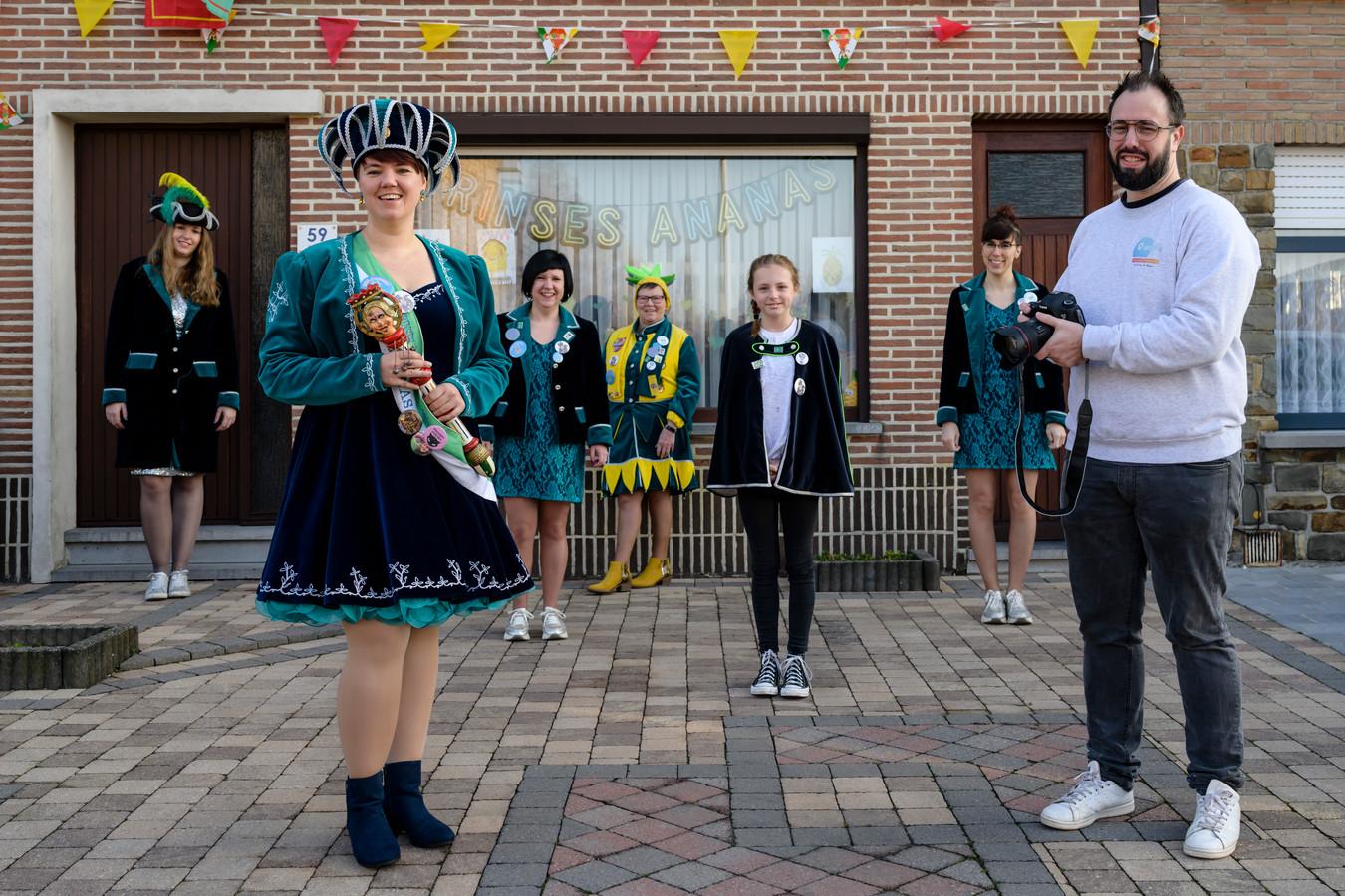 Marijn kon ook prinses carnaval strikken om op de foto te gaan.