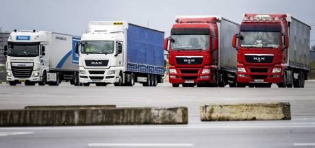 Werknemers beroepsgoederenvervoer leggen het werk neer
