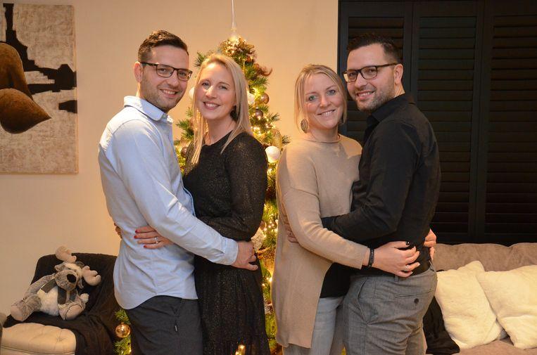 Tweelingbroers Sébastien en Laurent Neufkens met hun echtgenotes Tanja en Deborah.