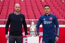 Erik ten Hag en Dusan Tadic van Ajax.