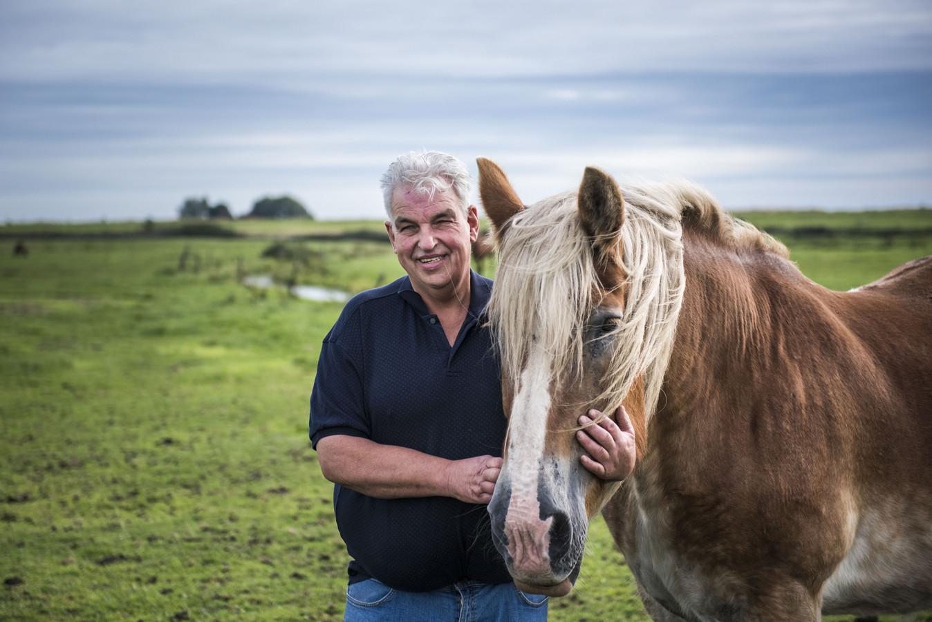 Geert Jan fokt paarden.