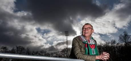 Dick Schoenaker even terug in Wageningen: '25 gulden per week, maar was dat profvoetbal wel wat voor mij?'