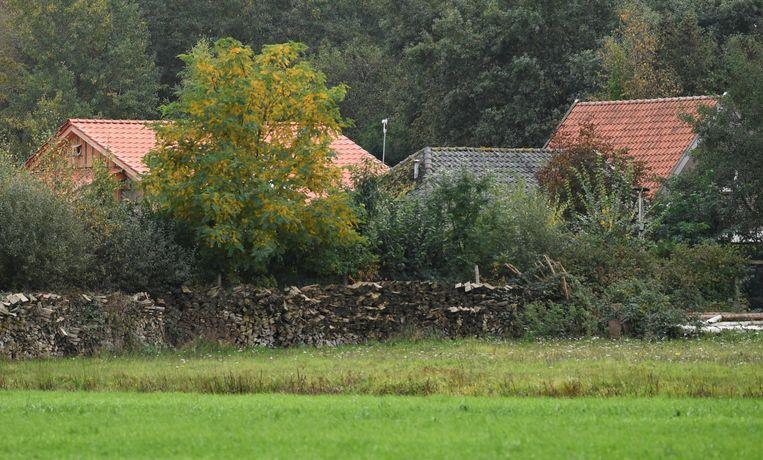 Het huis in Ruinerwold waar het gezin jarenlang in afzondering leefde.