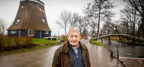 Jan Maat ziet de wieken van De Koornmeule niet meer draaien, inwoner Giethoorn is op 80-jarige leeftijd overleden
